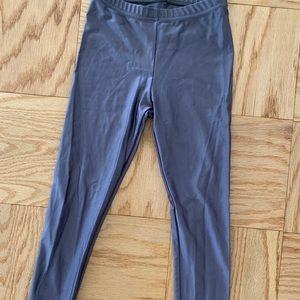 Shiny grey leggings